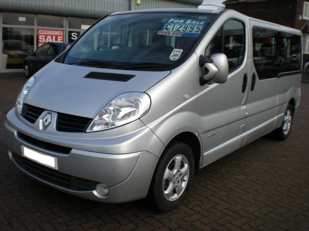 renault trafic ll29 sport dci 115 senior vehicle rental. Black Bedroom Furniture Sets. Home Design Ideas